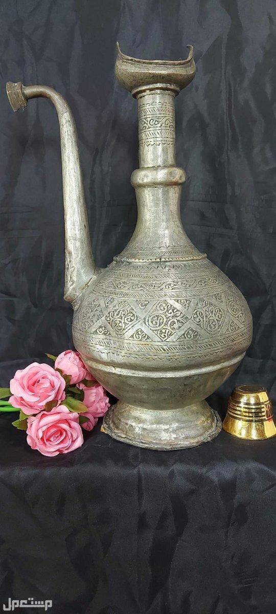 ابريق تراثي اسلامي تحفة نادرة حجم كبير تحفة اسلامية قديمة ونادرة