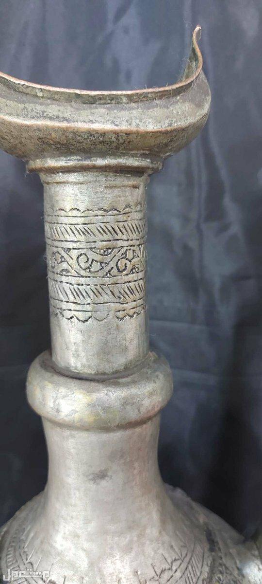 ابريق تراثي اسلامي تحفة نادرة حجم كبير من راس القطعه الى اسفلها نقش كامل