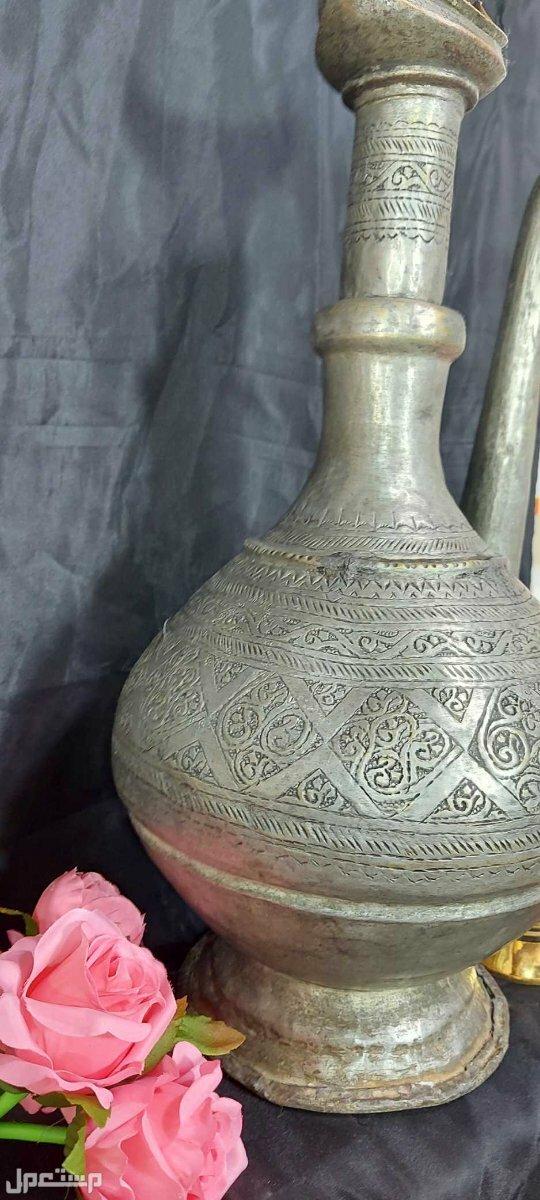 ابريق تراثي اسلامي تحفة نادرة حجم كبير تحفة مميزة عمل يدوي كامل نحاس احمر وطلاء فضة.