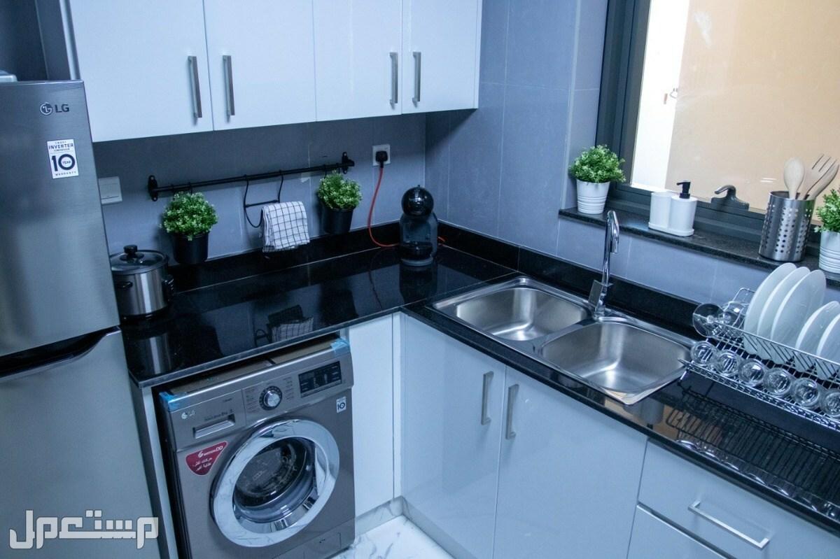 شقة غرفة وصالة في مجان - دبي  بدفعة أولى 73 ألف درهم وأقساط على 5 سنوات