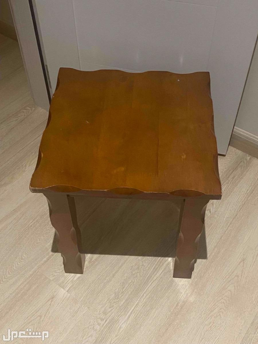 طقم طاولات خشبيه
