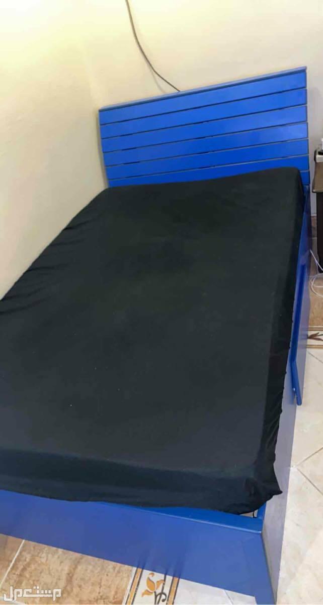 سرير نفر ونص - 100-200 مستعمل نظيف