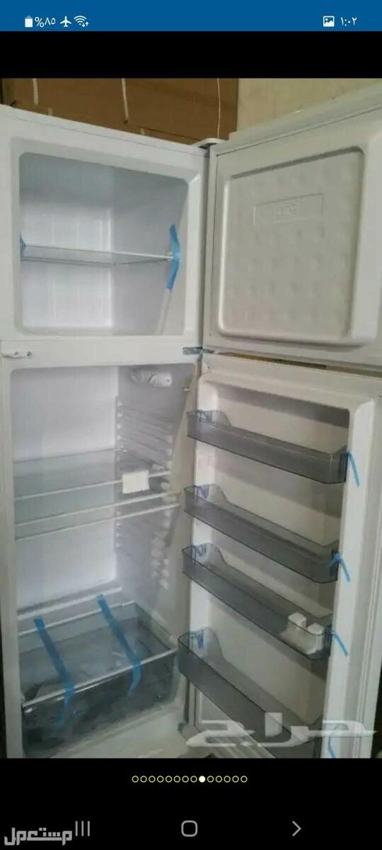 مكيفات وثلاجات للبيع