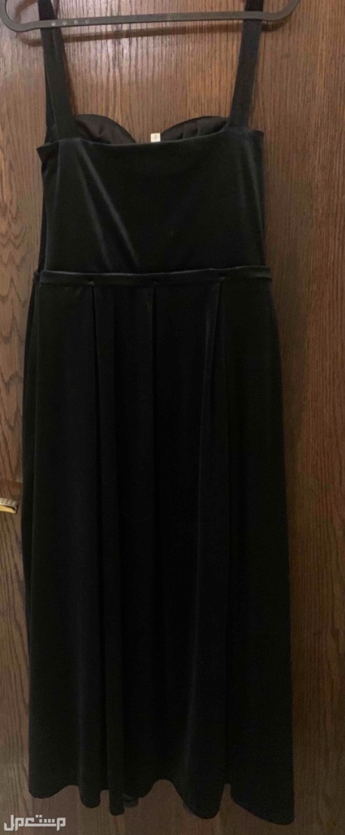 فستان مناسبات من الخلف
