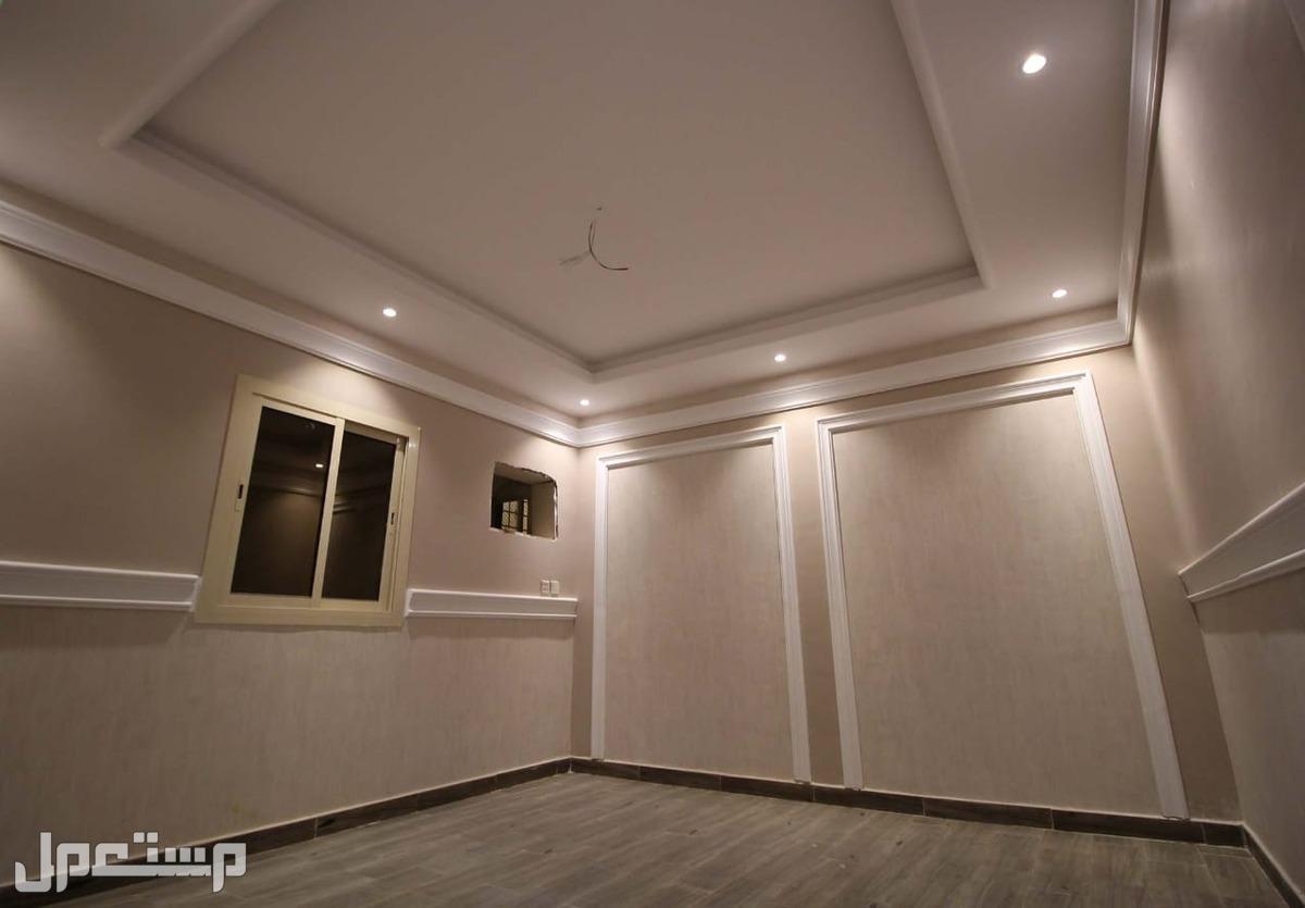 شقه للبيع 5غرف بمنافعها ب 350الف ريال