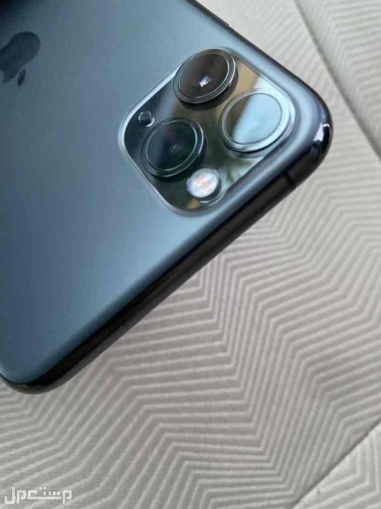 ايفون 11 برو ماكس نظيف للبيع