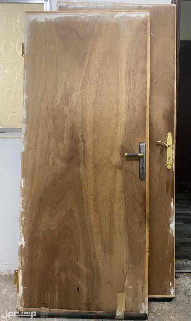 أبواب خشب للبيع المستعجل جداً
