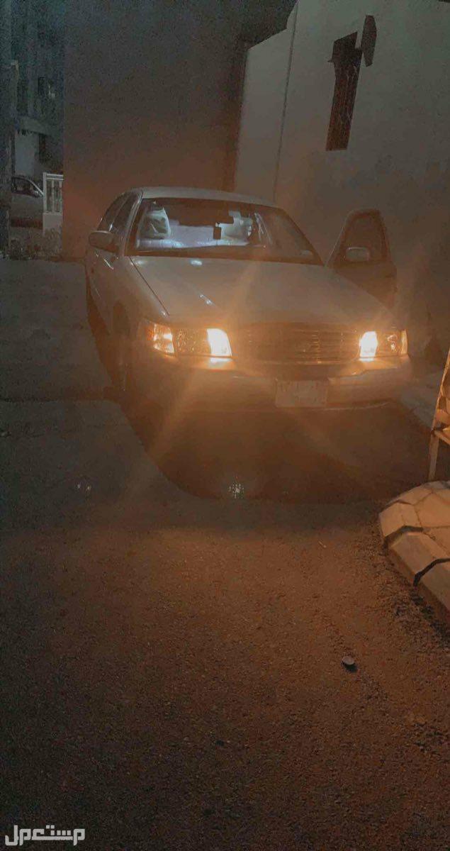 فورد كراون فكتوريا 2008 مستعملة للبيع