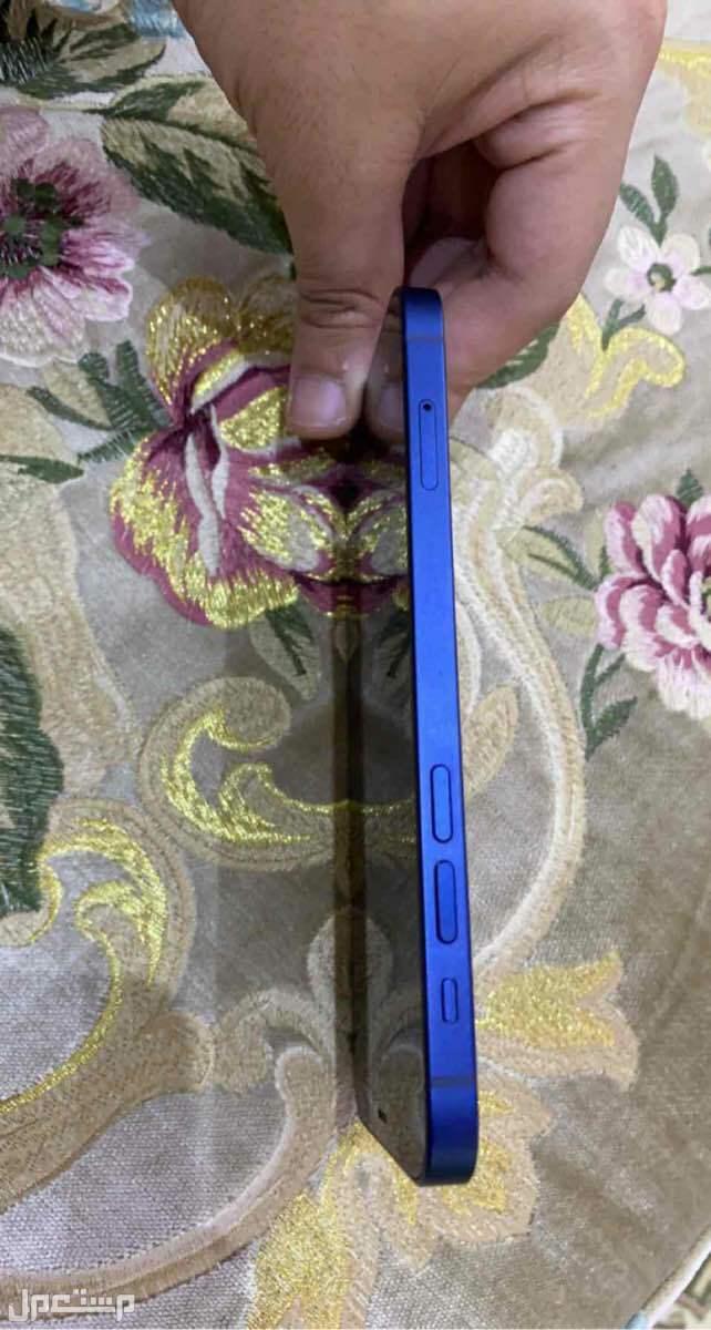 جوال ايفون 12 ازرق 128 قيقا مستعمل نظيف