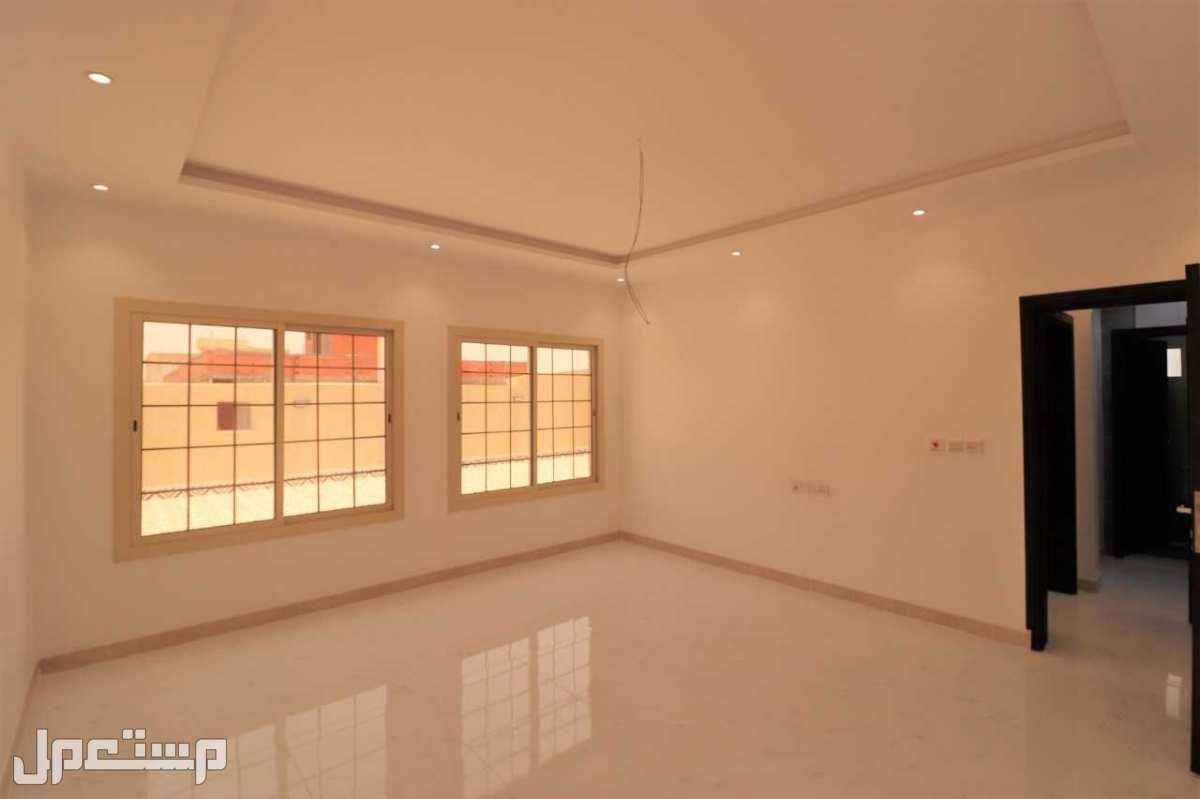 شقة تمليك 5 غرف بمدخلين سوبر لوكس من المالك