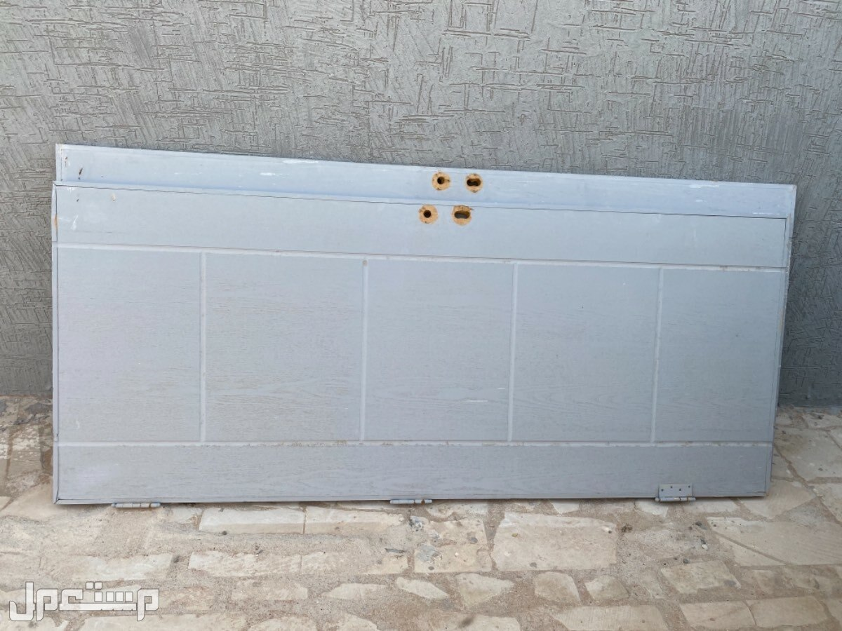 للبيع 3 أبواب خشب نوع كبس شامي جديدات لم يستخدمن