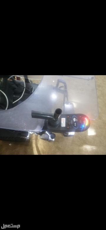 عربية كهربائية للاحتياجات الخاصه