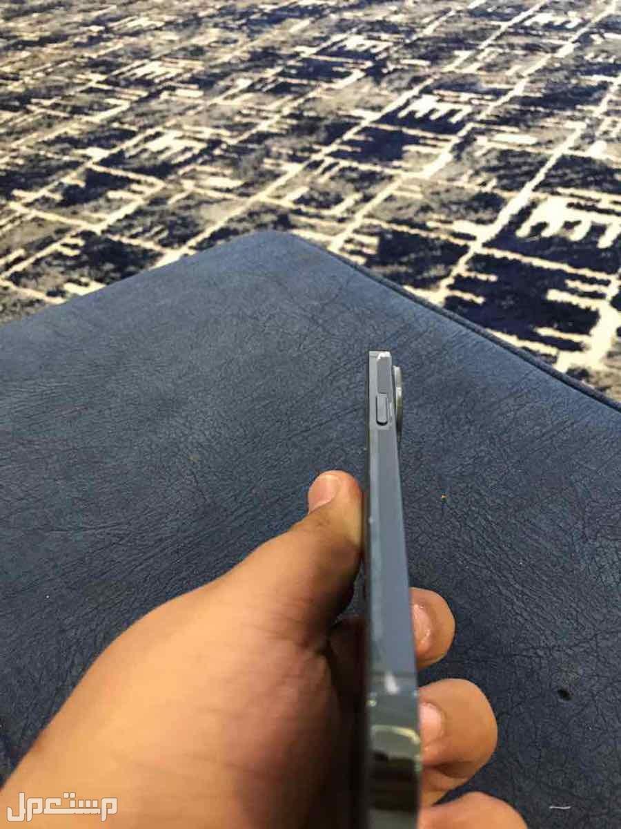 ايفون 12 اكس ماكس ازرق 256 قيقا ضمان حاسبات العرب
