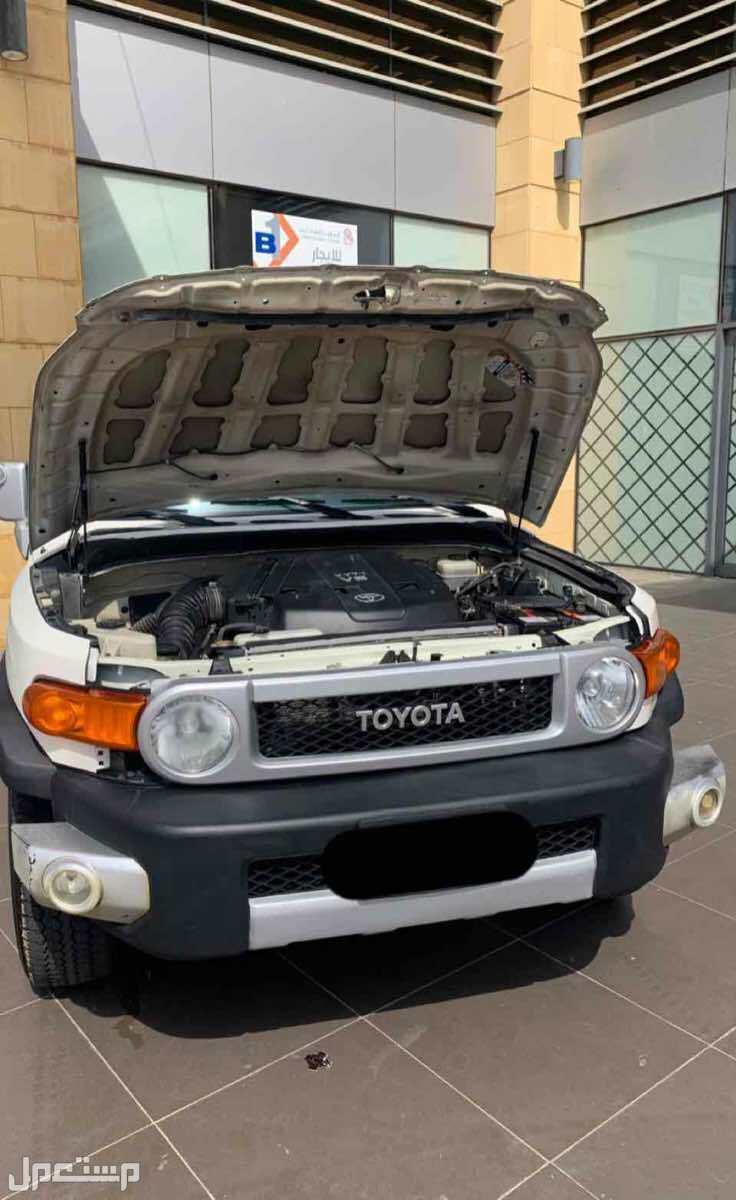 تويوتا إف جي FJ 2009 مستعملة للبيع