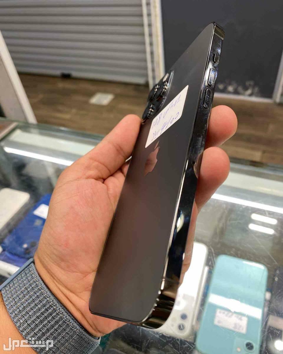 للبيع ايفون 12 برو ماكس اسود مستخدم