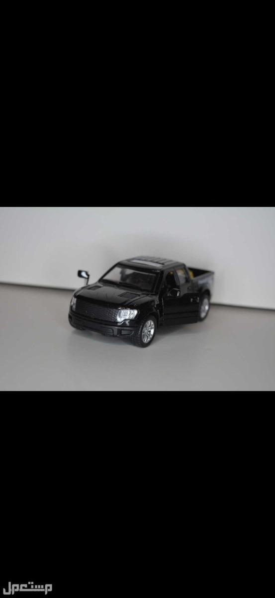 مجسمات سيارات بسعر مناسب رنج روفر و اودي و فورد