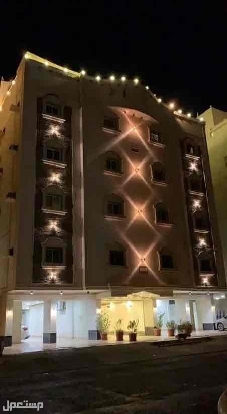 عمارة للبيع 630م الجامعة بدخل مغري