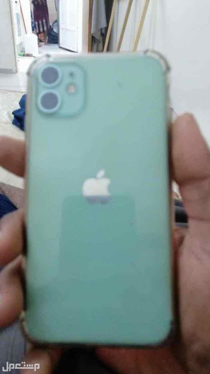 ابل ايفون 11 العادي  لون اخضر م 128 بطاريه 100%
