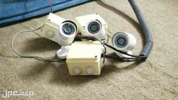 3 كاميرات مراقبه مع الشاشه والاسلاك