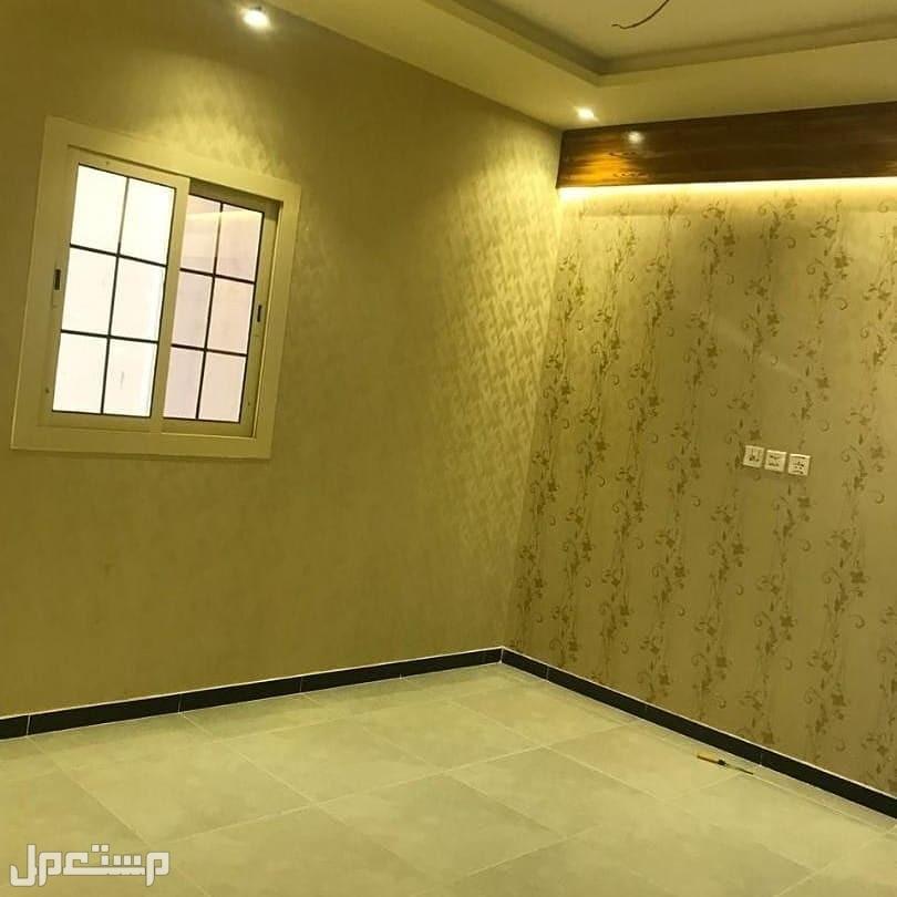 شقه للبيع 3غرف بمنافعها ب 240 الف ريال
