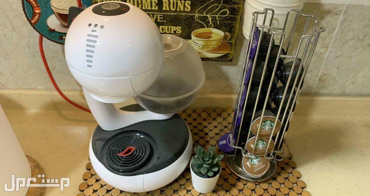 """مكينة قهوة ( نسكافي دولشي قوستو ) الذكية """" مع حامل كبسولات"""