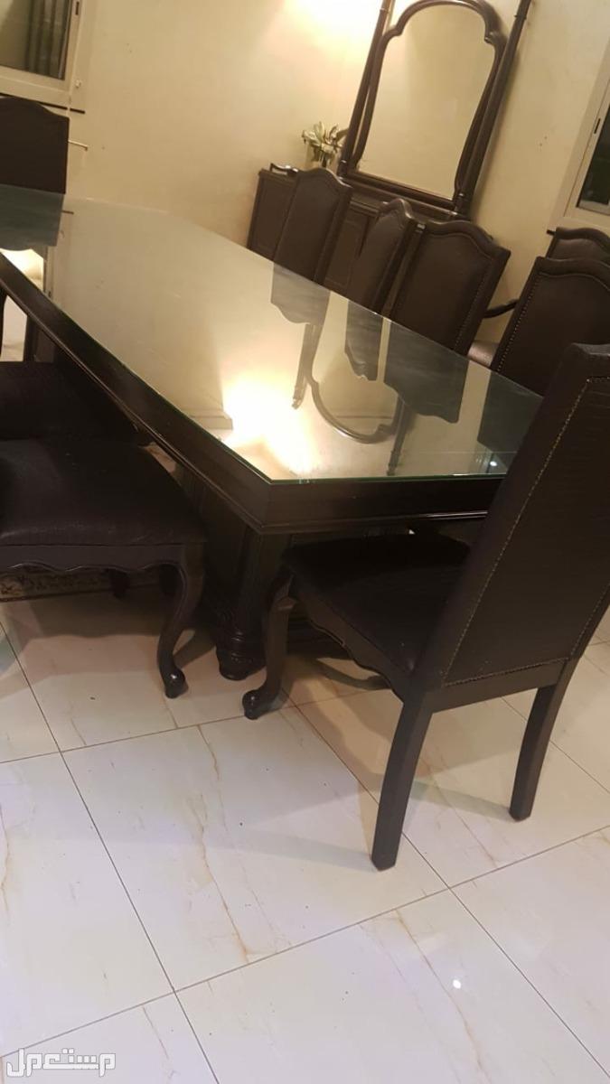 طقم طاولة طعام وبوفيه ودولاب طاولة طعام مع الكراسي