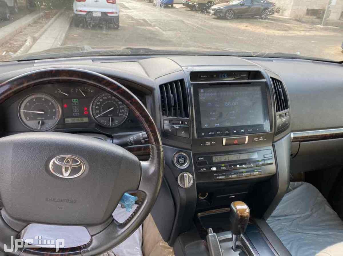 تويوتا لاندكروزر 2008 مستعملة للبيع