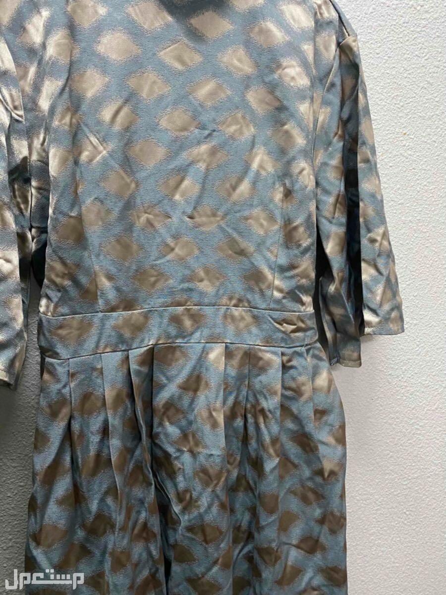 فستان جديد ما انلبس ولا مره سبب البيع الغلط بالمقاس من قدام