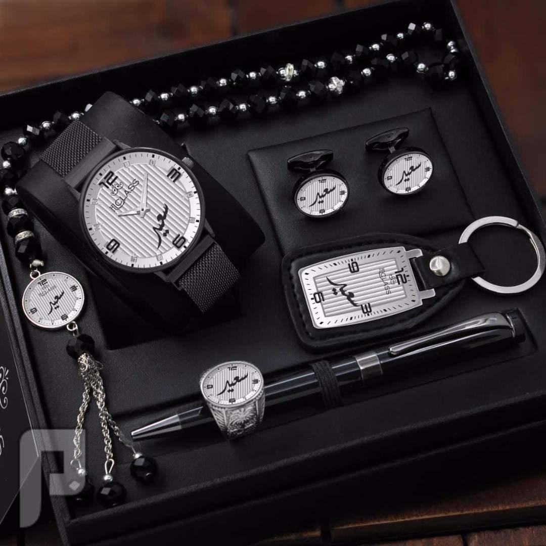 ساعة رجالي سير مغناطيسي شكل مونت بلانك مع تصميم الاسم حسب الطلب