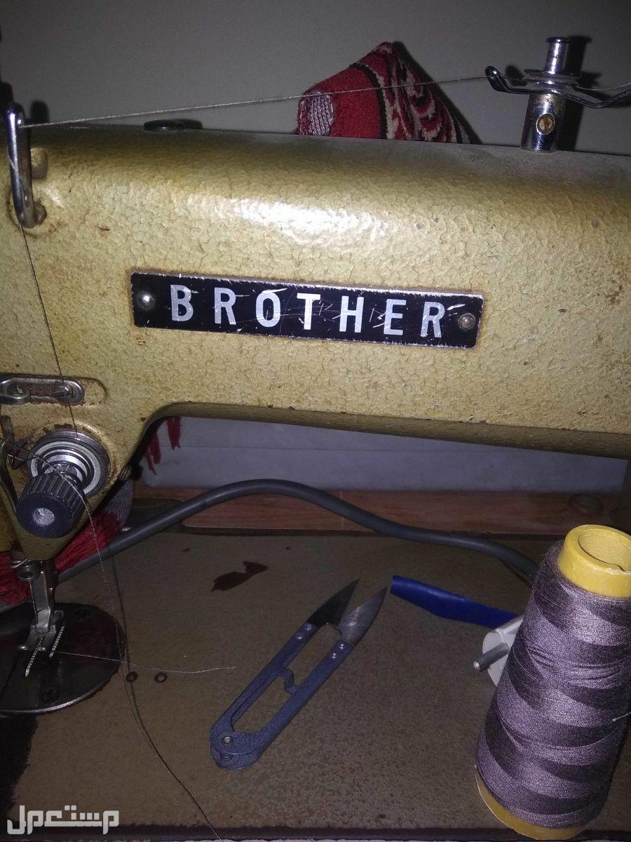 ماكينة خياطة يابانية