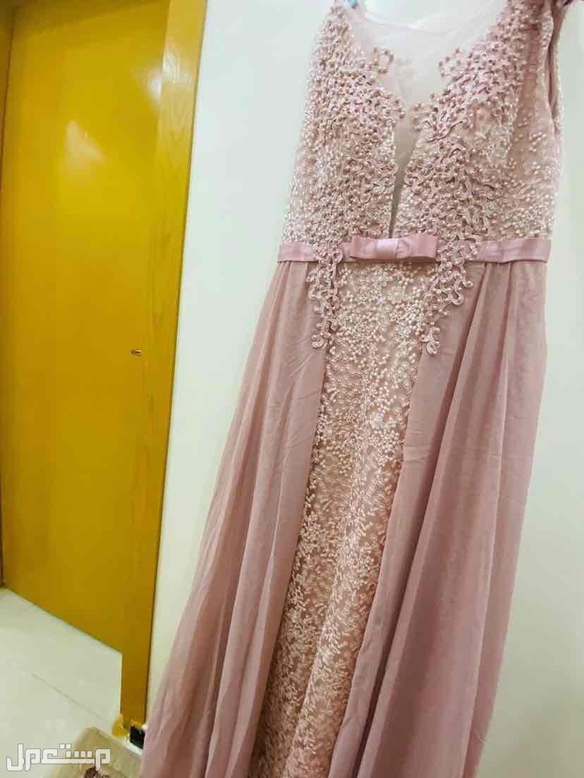 فساتين فستان اكس لارج شريته ب الف و500 تبيعه800