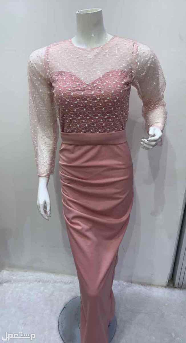 فستان نسائي متوفر جميع المقاسات
