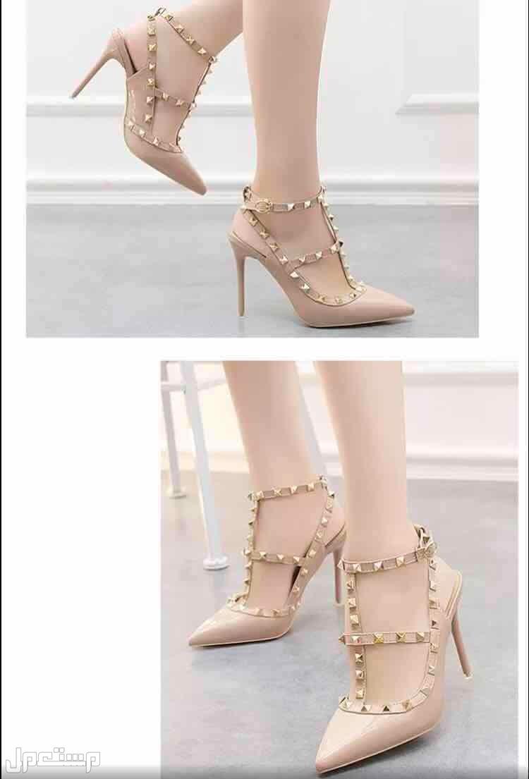 حذاء نسائي كعب