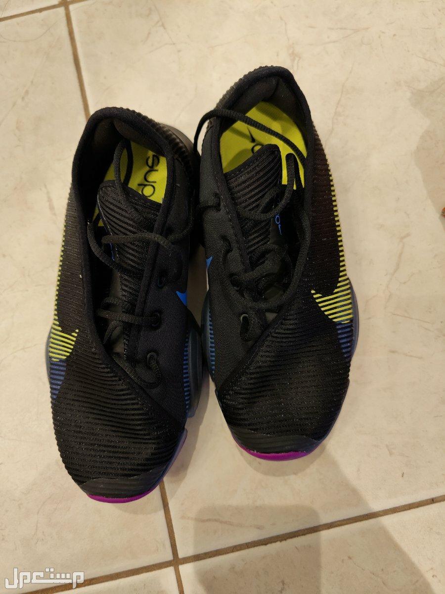 حذاء رياضي نسائي ماركةNIKE جديد
