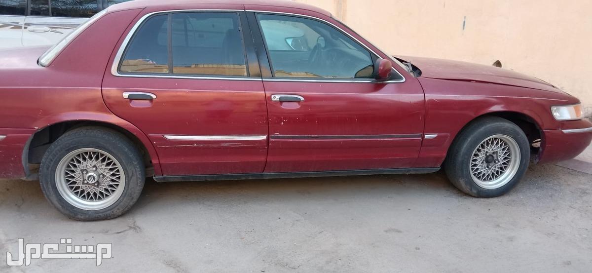 فورد جراند ماركيز 1999 مستعملة للبيع