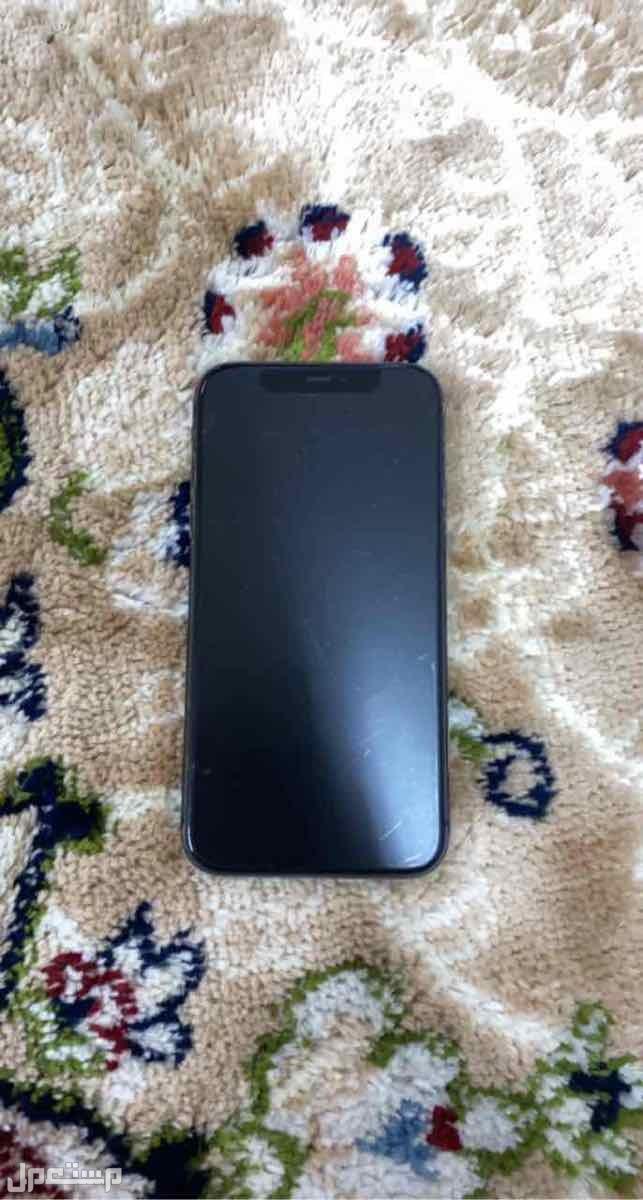ايفون 11 اسود نظيف
