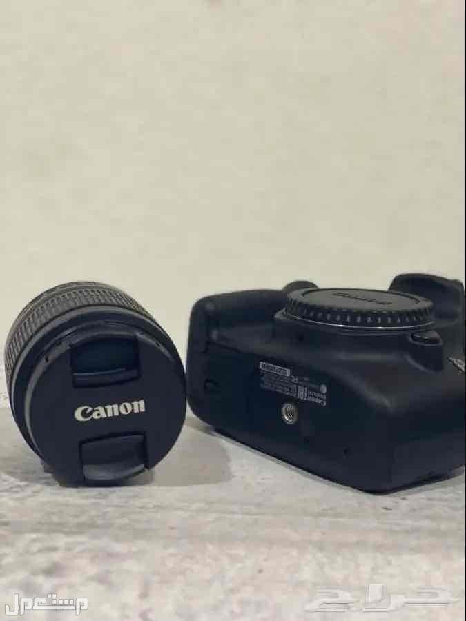 كاميرا كانون 2000D شبه جديدة