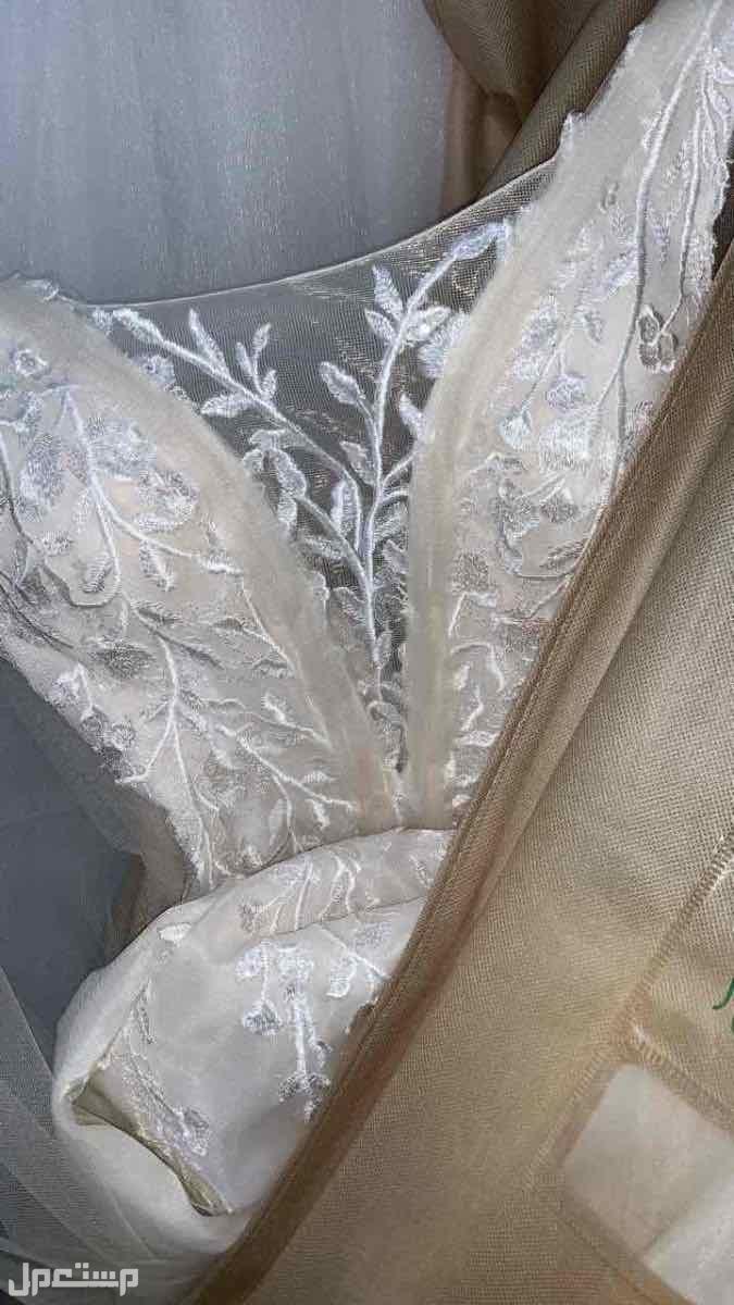 بيع فستان زواج مع التاج