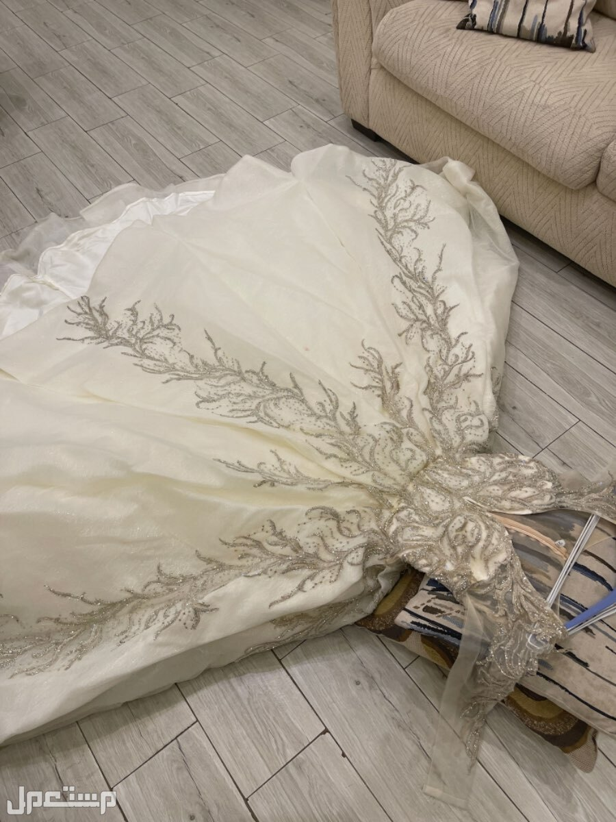 فستان زفاف مستعمل ليله واحده