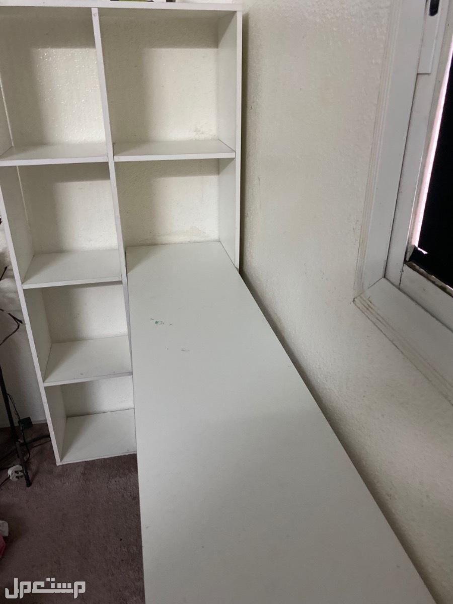 مكتبه نظيفه سبب البيع عدم احتياجه
