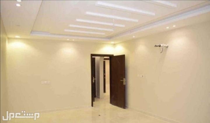 شقة فاخرة 4 غرف للبيع بتصميم حديث