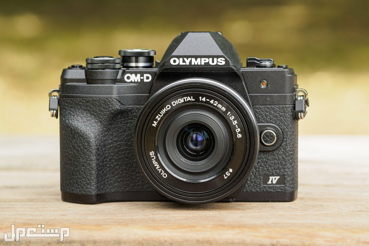 أفضل 5 كاميرا رقمية لعام 2022 كاميرا أوليمبوس OM-D E-M10 مارك الرابع