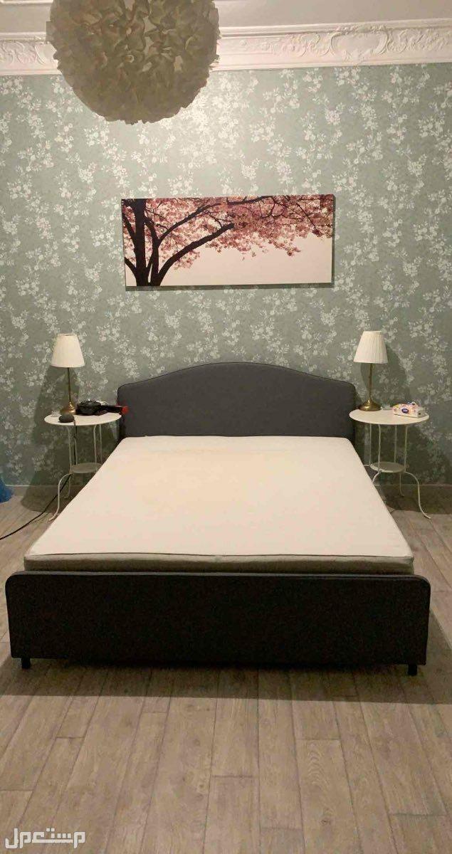 مرتبة و هيكل سرير من ايكيا
