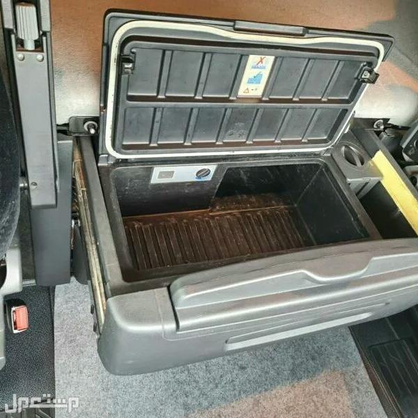 شاحنه مرسيدس 2012 مستعملة للبيع