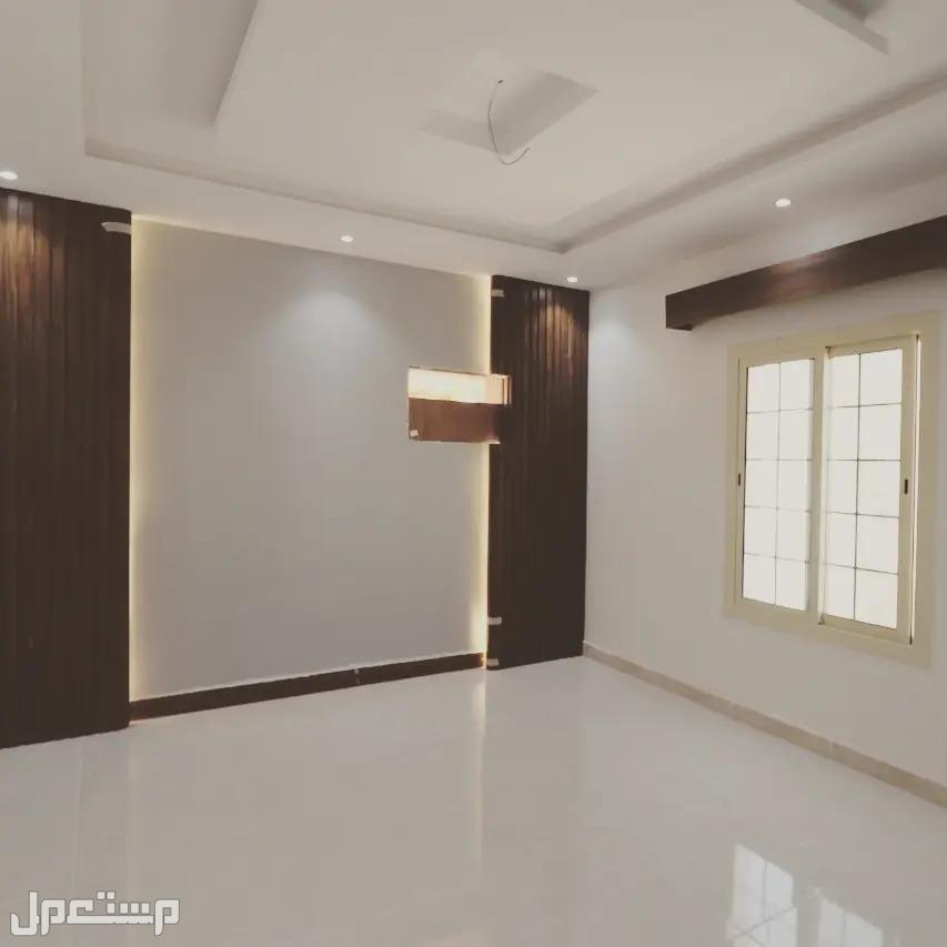 شقة جديدة 5 غرف بمدخلين بديكور حديث