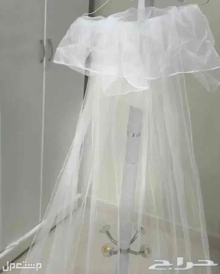 فستان زواج ابيض مع الجيبون والطرحه