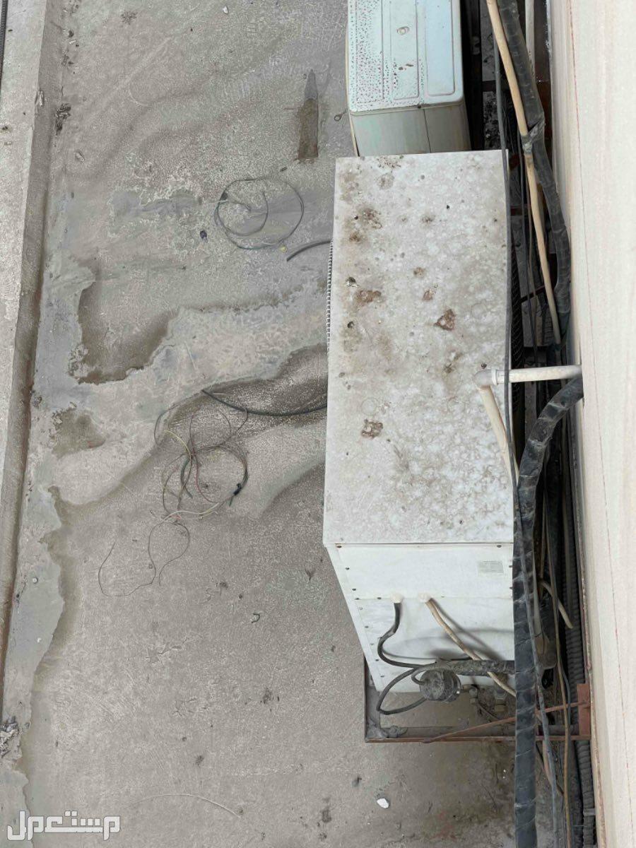 مكيف سامسنج 5 طن  دولاب مستعمل نظيف وبارد جدا للبيع 3000
