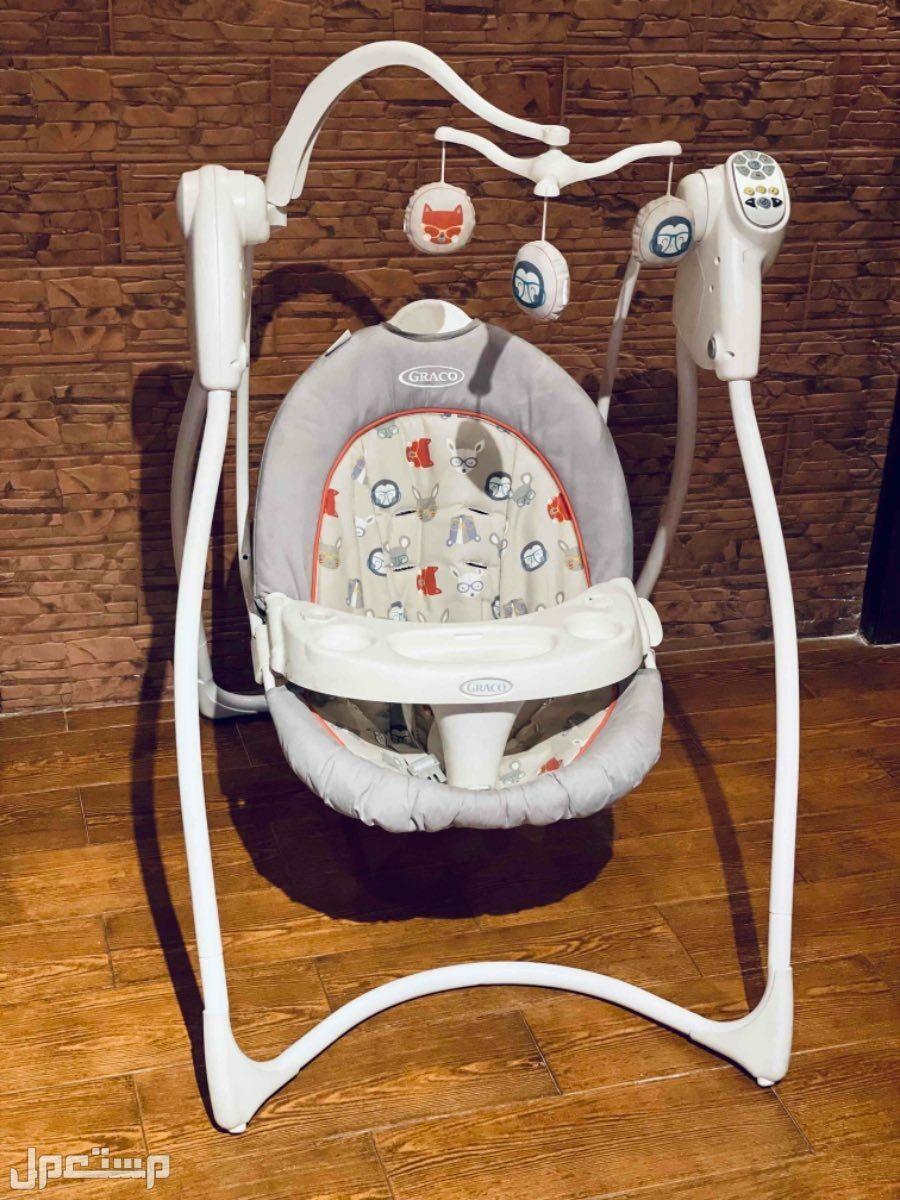 الجش ارجوحة أطفال بكامل ملحقاتها من الولادة الى سنه ونص. مؤثرات صوتيه و6 مستويات سرعة