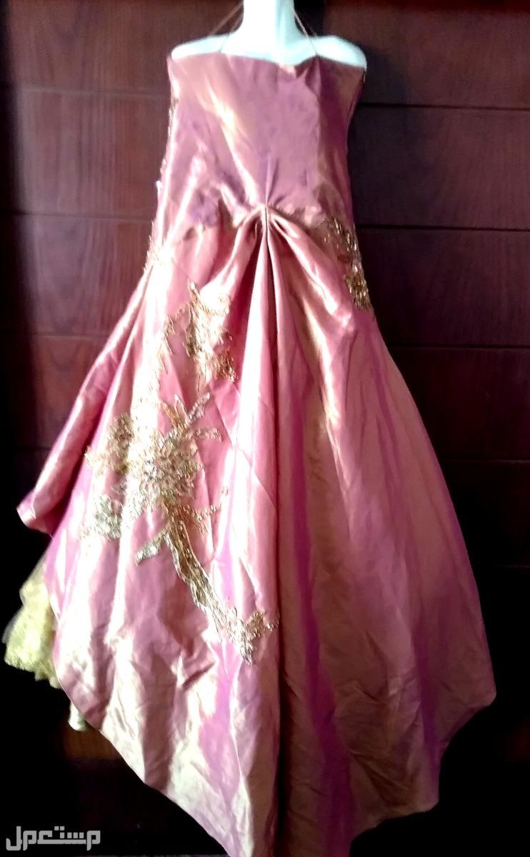 فستان ايطالى لسهرة او خطوبة ظهر الفستان