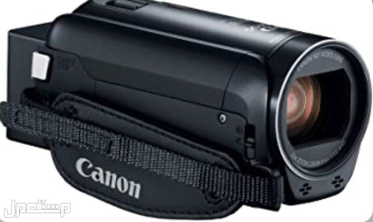كاميرا كانون Vixia HF R800 .